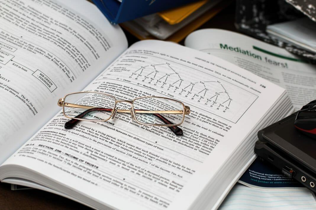 DSCG diplôme supérieur de comptabilité et de gestion